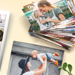 100 Photo Prints For £1 at Snapfish