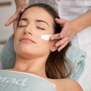 Free Murad facial and skin consultation