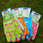 <b>Free Gardening Gloves (Worth £2.99)</b>