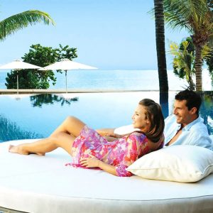 free luxury holiday