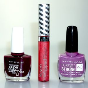 Free Maybelline Nail Varnish Set